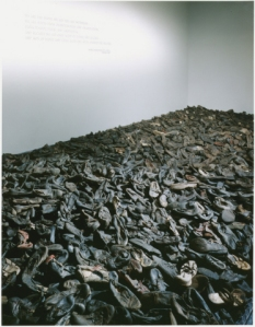 Shoes from Majdanek prisoners
